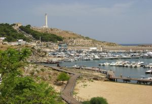 Santa-Maria-di-Leuca-port-lighthouse